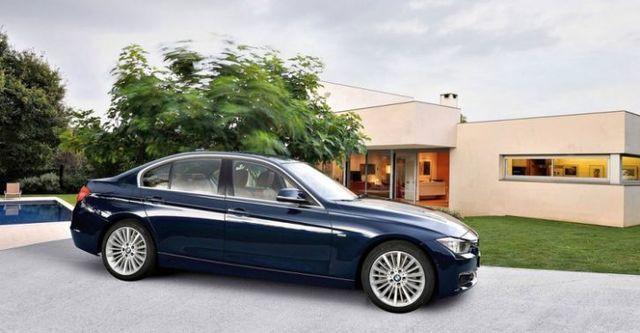 2015 BMW 3-Series Sedan 318d  第4張相片