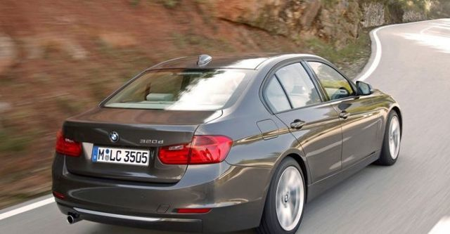 2015 BMW 3-Series Sedan 320d Luxury  第2張相片