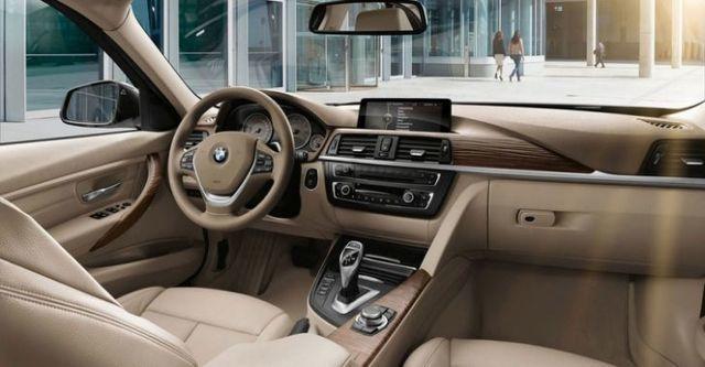 2015 BMW 3-Series Sedan 320d Luxury  第10張相片