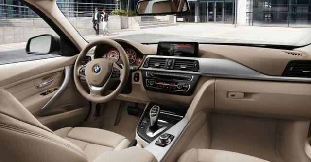 2015 BMW 3-Series Touring 320i Sport菁英版  第9張相片