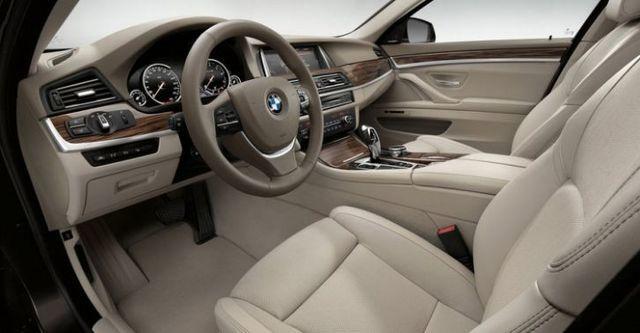 2015 BMW 5-Series Sedan 520d  第6張相片