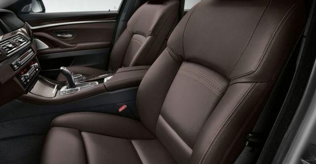 2015 BMW 5-Series Sedan 520d  第10張相片