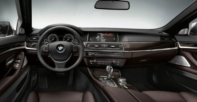 2015 BMW 5-Series Sedan 528i Luxury Line  第10張相片