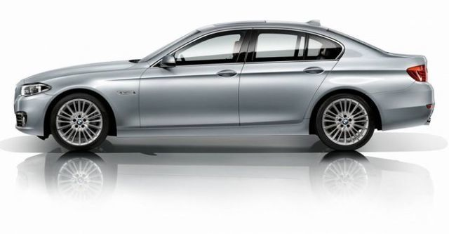 2015 BMW 5-Series Sedan 535i Luxury Line  第4張相片