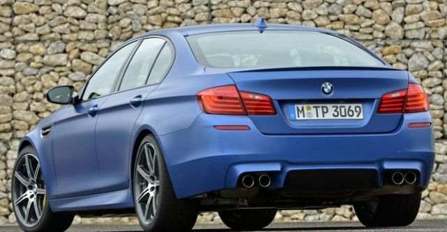 2015 BMW 5-Series Sedan M5  第2張相片