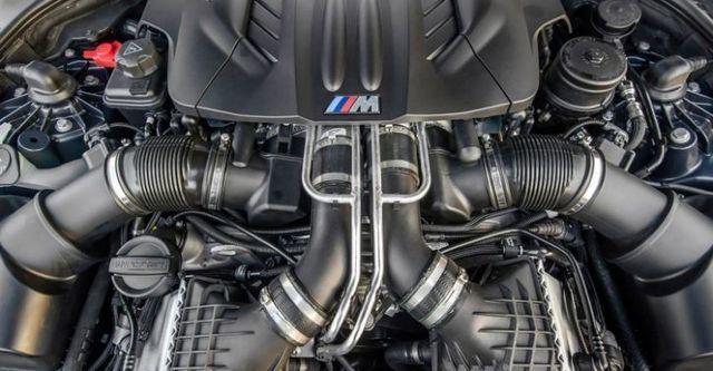 2015 BMW 5-Series Sedan M5  第7張相片