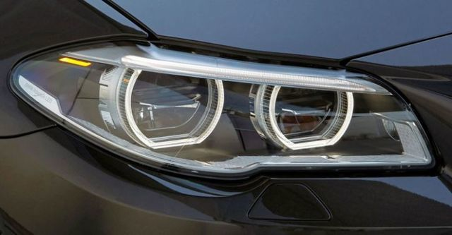 2015 BMW 5-Series Touring 520d  第6張相片