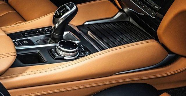 2015 BMW X6 xDrive35i  第8張相片
