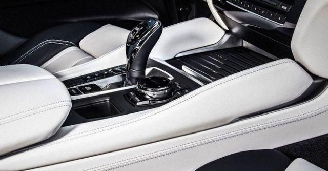 2015 BMW X6 xDriveM50d  第9張相片