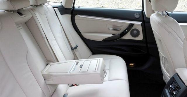 2014 BMW 3-Series GT 320i Sport  第8張相片