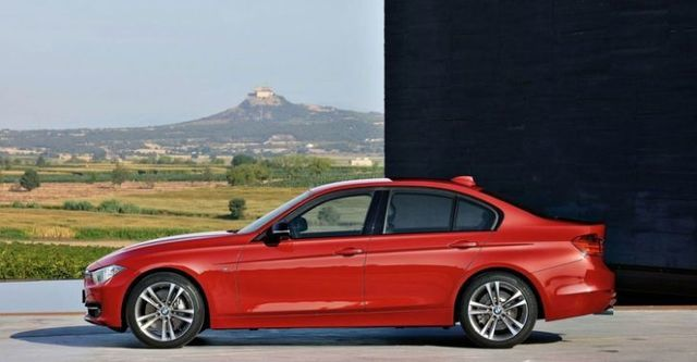 2014 BMW 3-Series Sedan 328i Sport  第2張相片
