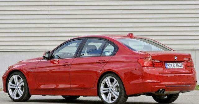 2014 BMW 3-Series Sedan 328i Sport  第3張相片