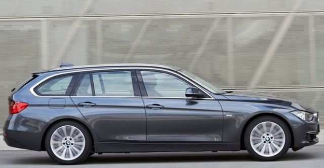2014 BMW 3-Series Touring 318d Sport  第2張相片