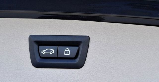 2014 BMW 3-Series Touring 320d Sport  第9張相片