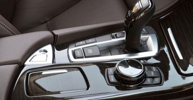 2014 BMW 5-Series Sedan 520i Luxury Line  第10張相片