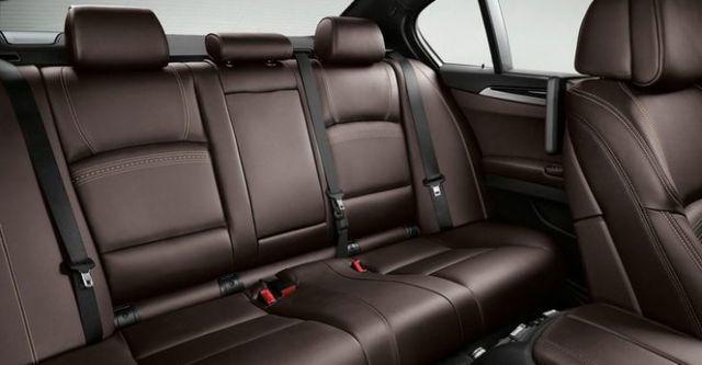 2014 BMW 5-Series Sedan 520i Modern Line  第7張相片
