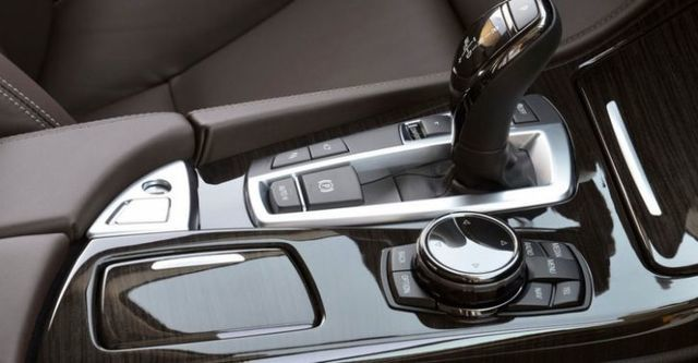 2014 BMW 5-Series Sedan 530d Luxury Line  第10張相片
