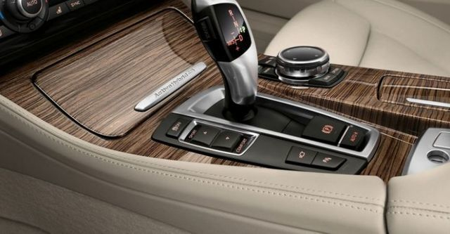 2014 BMW 5-Series Sedan ActiveHybrid 5 Modern Line  第9張相片