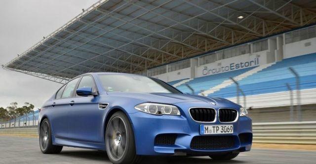 2014 BMW 5-Series Sedan M5  第4張相片
