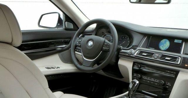 2014 BMW 7-Series 730i  第7張相片