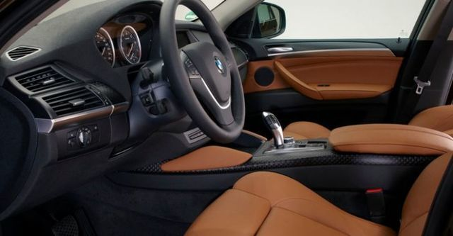 2014 BMW X6 xDrive35i  第10張相片