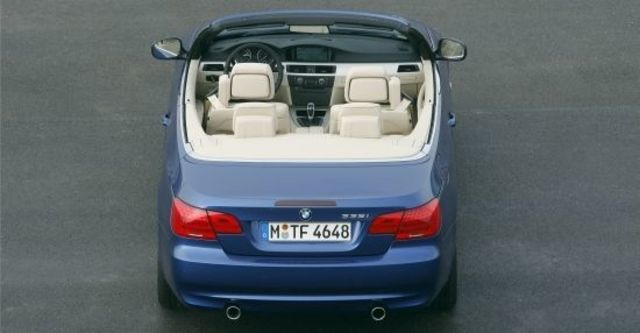 2013 BMW 3-Series Convertible 335i  第7張相片