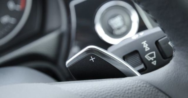 2013 BMW 3-Series Coupe 335i  第9張相片