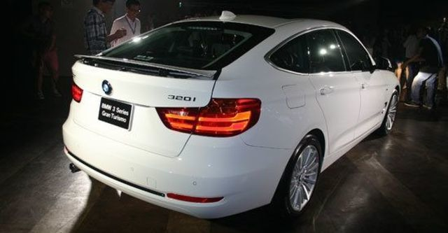 2013 BMW 3-Series GT 320i Luxury  第4張相片