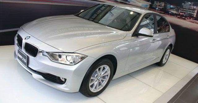 2013 BMW 3-Series Sedan 316i  第1張相片