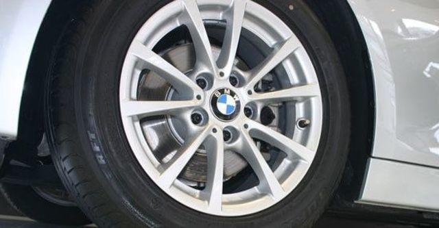 2013 BMW 3-Series Sedan 316i  第5張相片