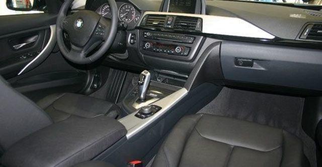 2013 BMW 3-Series Sedan 316i  第9張相片