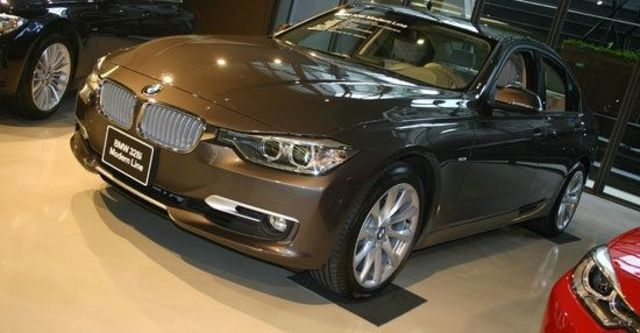 2013 BMW 3-Series Sedan 328i Luxury  第1張相片