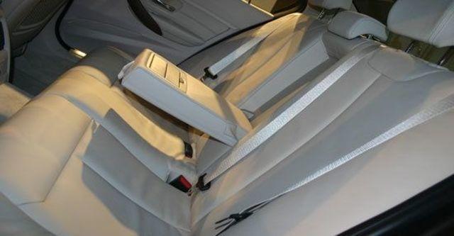 2013 BMW 3-Series Sedan 328i Luxury  第6張相片