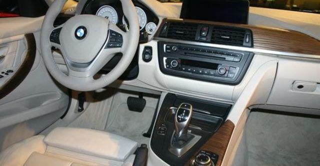 2013 BMW 3-Series Sedan 328i Luxury  第8張相片