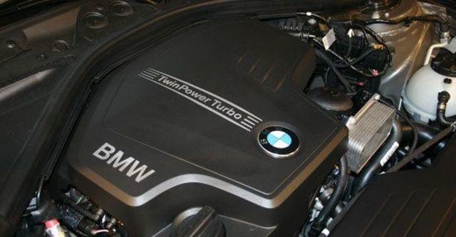 2013 BMW 3-Series Sedan 328i Luxury  第10張相片