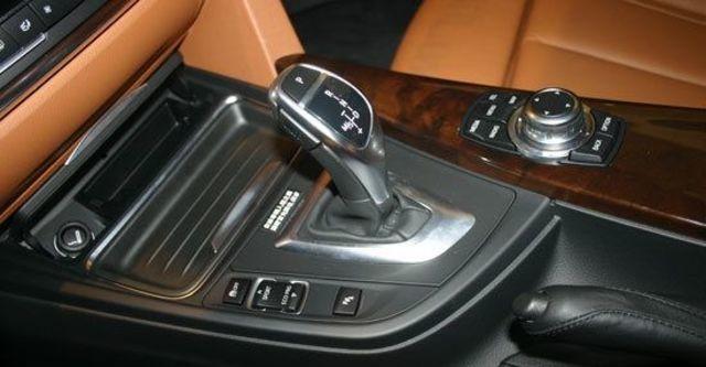 2013 BMW 3-Series Sedan 335i Sport  第8張相片