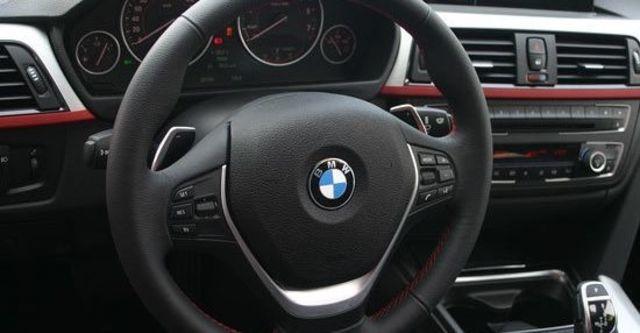 2013 BMW 3-Series Touring 320d Sport  第10張相片