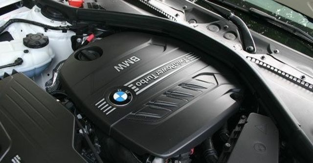 2013 BMW 3-Series Touring 320i Sport  第3張相片