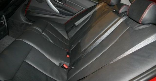 2013 BMW 3-Series Touring 328i Sport  第6張相片