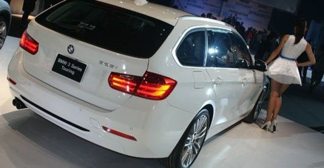 2013 BMW 3-Series Touring 328i Sport  第9張相片