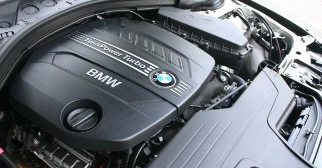 2013 BMW 5-Series GT 520d  第10張相片