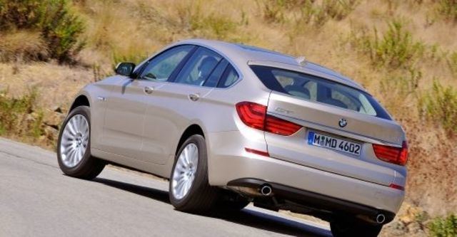 2013 BMW 5-Series GT 535i  第5張相片
