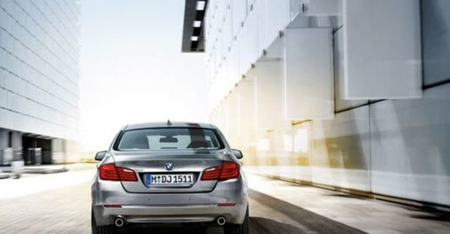 2013 BMW 5-Series Sedan 530d  第3張相片