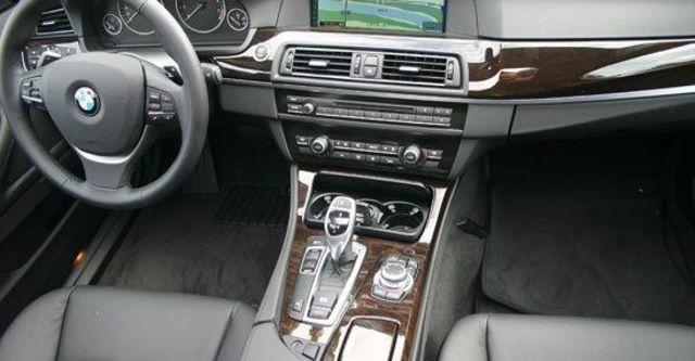 2013 BMW 5-Series Sedan 530i  第3張相片