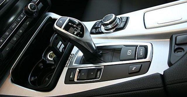 2013 BMW 5-Series Touring 520d  第5張相片