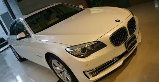 2013 BMW 7-Series 730d  第1張相片