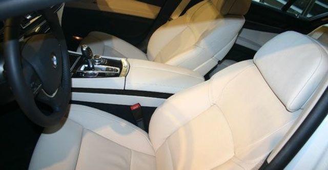 2013 BMW 7-Series 730d  第6張相片
