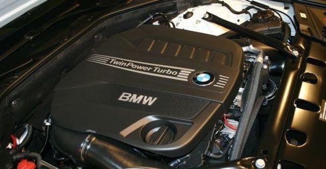 2013 BMW 7-Series 730d  第10張相片