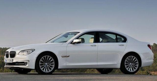 2013 BMW 7-Series 730i  第3張相片
