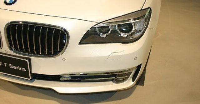 2013 BMW 7-Series 730i  第10張相片